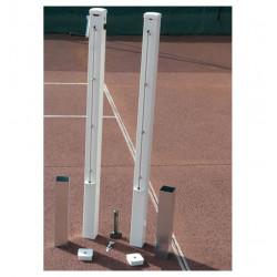 Poteaux de tennis avec fourreaux